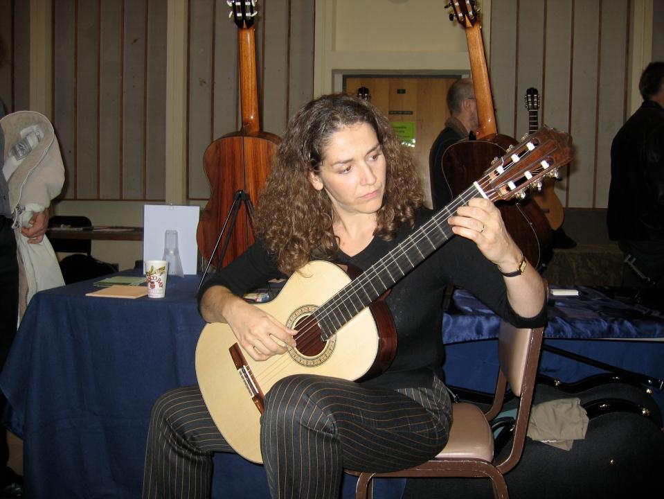 Antigoni Goni, Rompré guitar try out